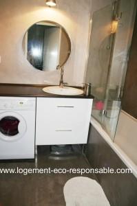 Refaire sa salle de bain for Lave linge dans salle de bain