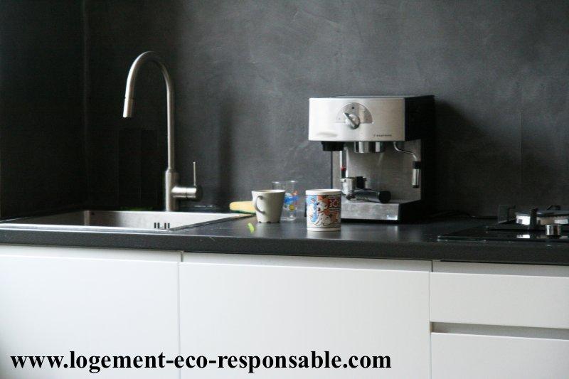 la r novation d 39 une cuisine. Black Bedroom Furniture Sets. Home Design Ideas